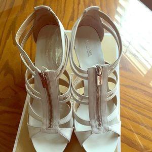 Michael Kors Berkley T Strap leather sandal